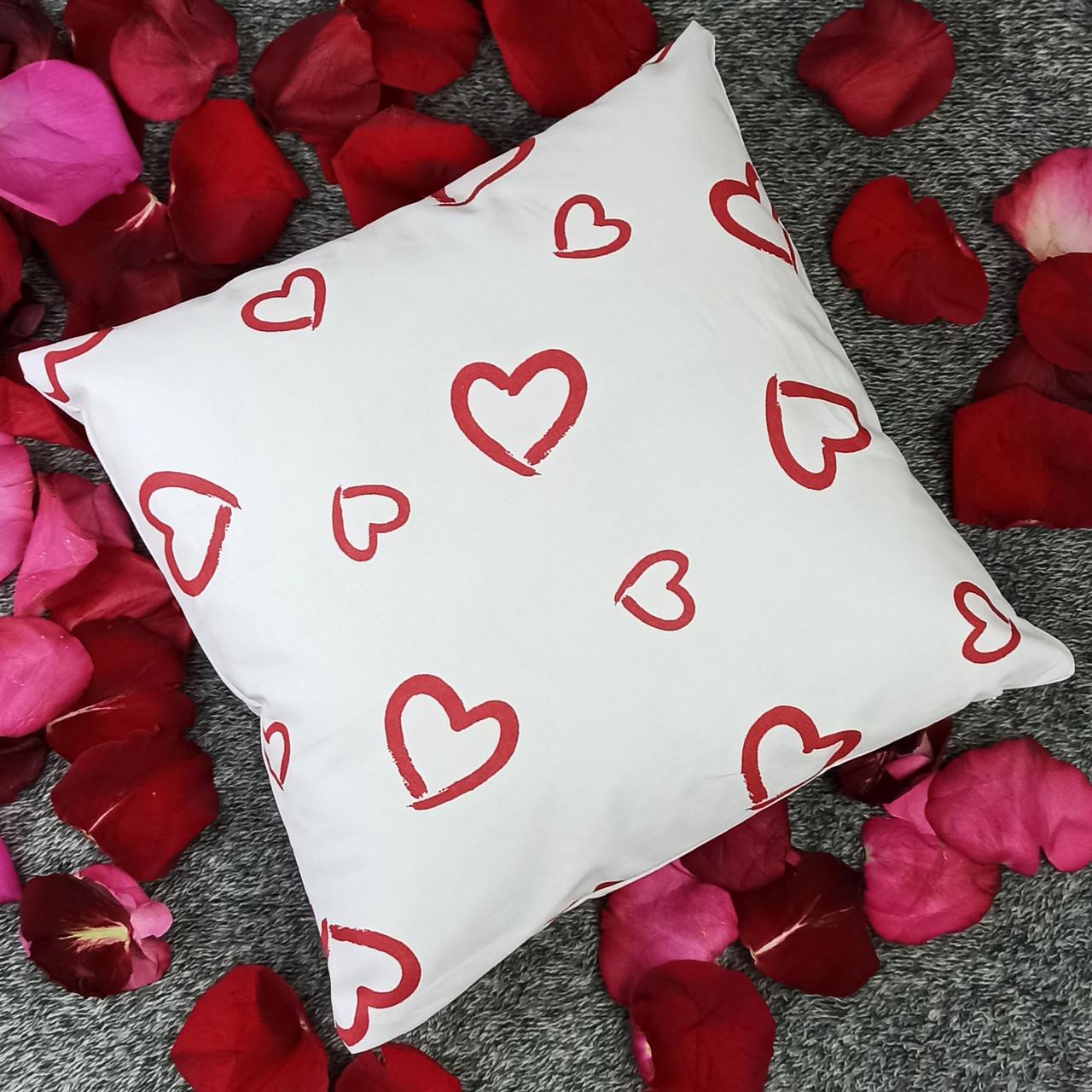 Подушка, 40*40 см, (хлопок), ( Красные сердечки на белом)