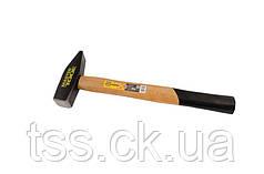 Молоток слесарный, рукоятка из дерева 1000 г MASTERTOOL 02-0210