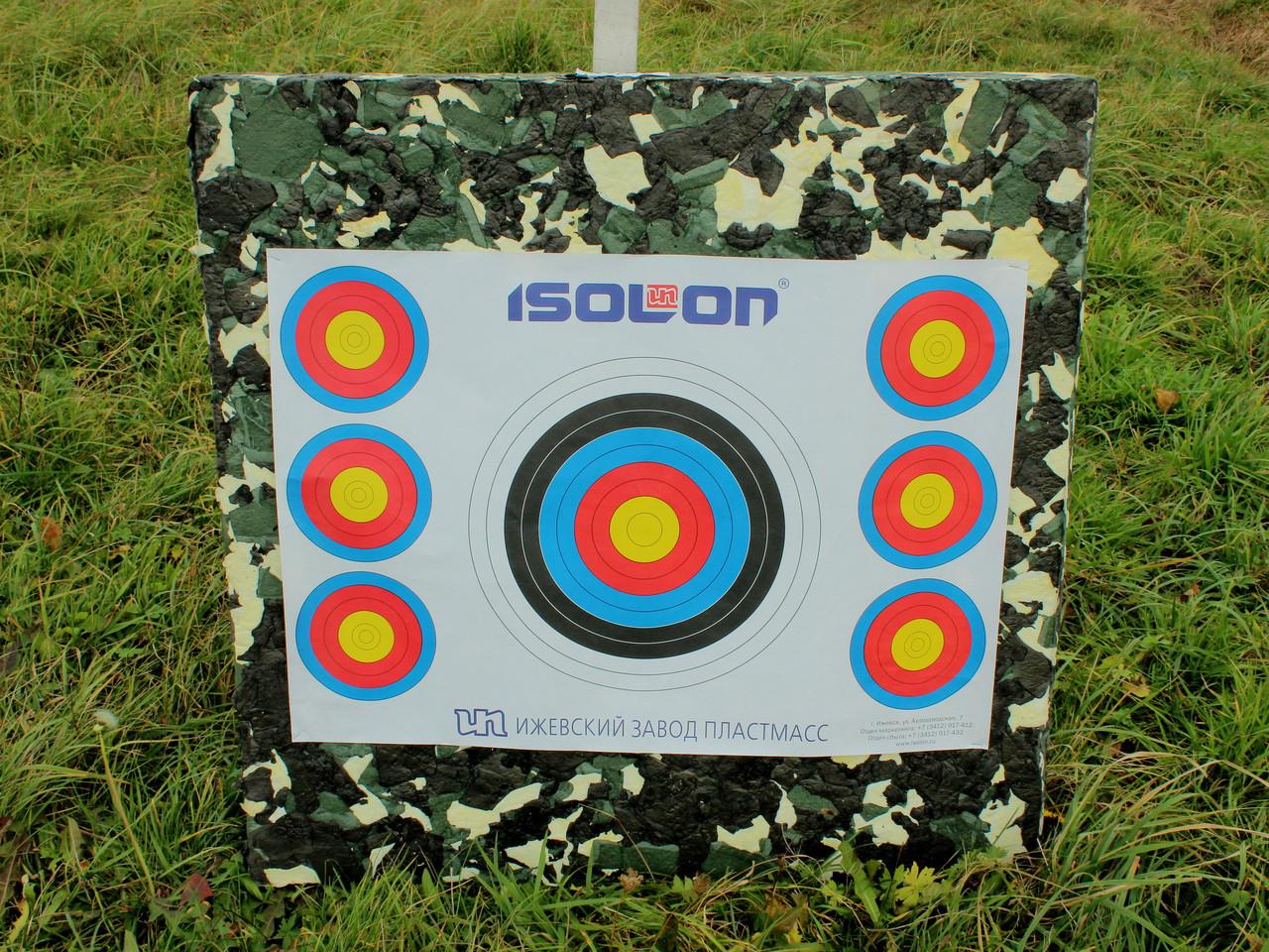 Щит-стрелоулавливатель, ізолон-блок 100, щит для мішеней товщиною 10 см, розмір 1х1 м.