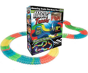 Гоночная трасса MAGIC TRACК 220 деталей КОД: ave_krp170jhg3811272