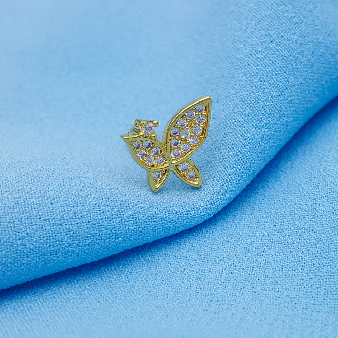 Дизайнерский пирсинг, Бабочка в камешки, на закрутке, под золото