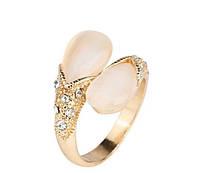Позолоченное кольцо с австрийскими кристаллами и опалом р 17,19,20 код 835