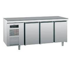Стіл холодильний Sagi KUEBM