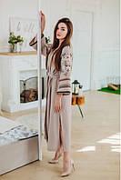 Женское длинное вышитое платье с поясом