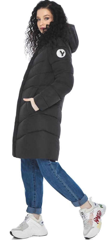 Куртка с капюшоном женская зимняя черная модель 21025