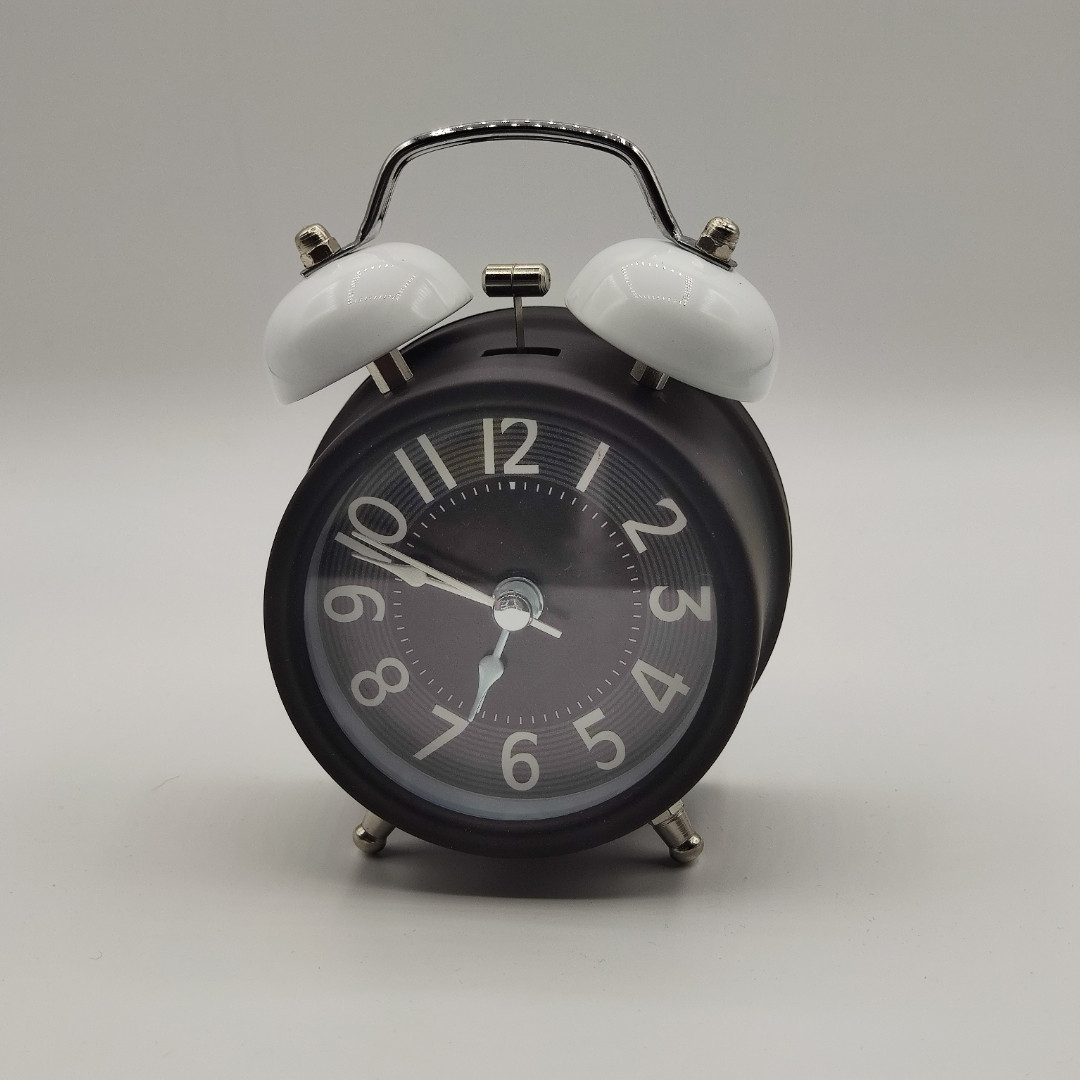Годинник-будильник настільні, діаметр 8,5 см