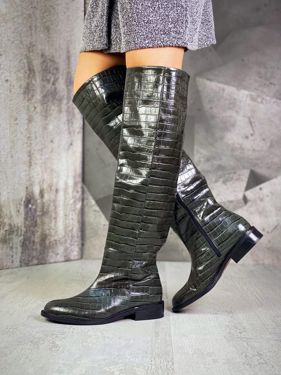 Женские кожаные лаковые демисезонные сапоги на каблуке 36-40 р хаки рептилия