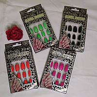 Накладні нігті в упаковці одноколірні з кантом (12 нагідок)