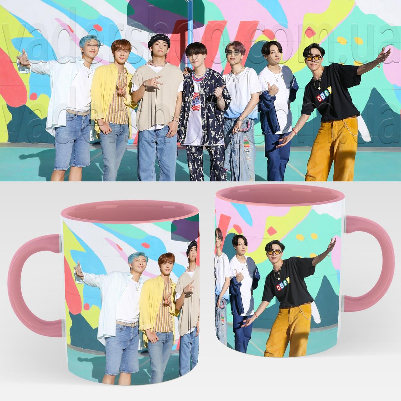 Чашка BTS. Кружка с принтом БТС №8. Музыка Рожевий