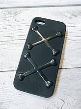 Силиконовый противоударный Чехол для Iphone 5 5S SE SwitchEesy Bones Черный