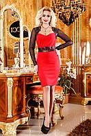 Смелое платье с открытым вырезом и кожаными кружевными вставками