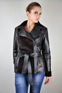 Кожаная женская куртка-косуха с мутоном, коллекция 2017