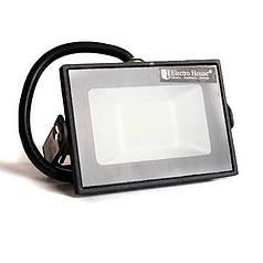 ElectroHouse LED прожектор  10 Вт 6000 К 900 Лм IP65