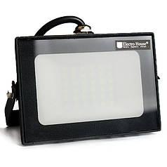 ElectroHouse LED прожектор 30 Вт 6000 К 2700 Лм IP65