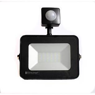 ElectroHouse LED прожектор с датчиком движения 20W 6500K 1800Lm IP65, фото 2