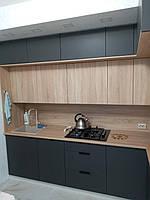 Встроенная двухуровневая угловая кухня лоджия 2,58*1,0*1,3 м 3