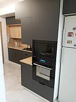 Встроенная двухуровневая угловая кухня лоджия 2,58*1,0*1,3 м 6