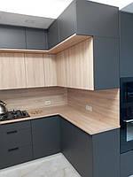 Встроенная двухуровневая угловая кухня лоджия 2,58*1,0*1,3 м 9