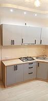Встроенная угловая кухня 2,2 * 3,17 м 1