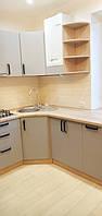 Встроенная угловая кухня 2,2 * 3,17 м 4