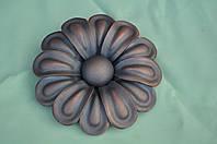 Цветок штампованый ручной сборки ( Ромашка ) большая