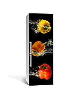 Декор 3Д наклейка на холодильник Яркие Перцы в воде (пленка ПВХ с ламинацией) 65*200см Еда Черный