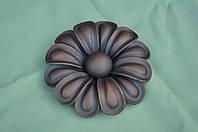 Цветок штампованый ручной сборки ( Ромашка )