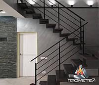 Перила бюджетные из черного металла для частного дома с горизонтальным заполнением