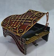 """Кованая шкатулка """"Фортепиано""""."""