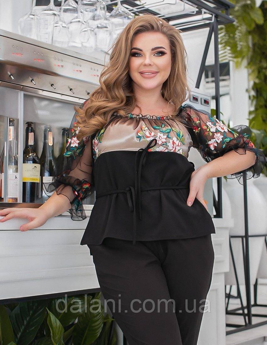 Жіноча чорно-бежева блуза з вишивкою батал