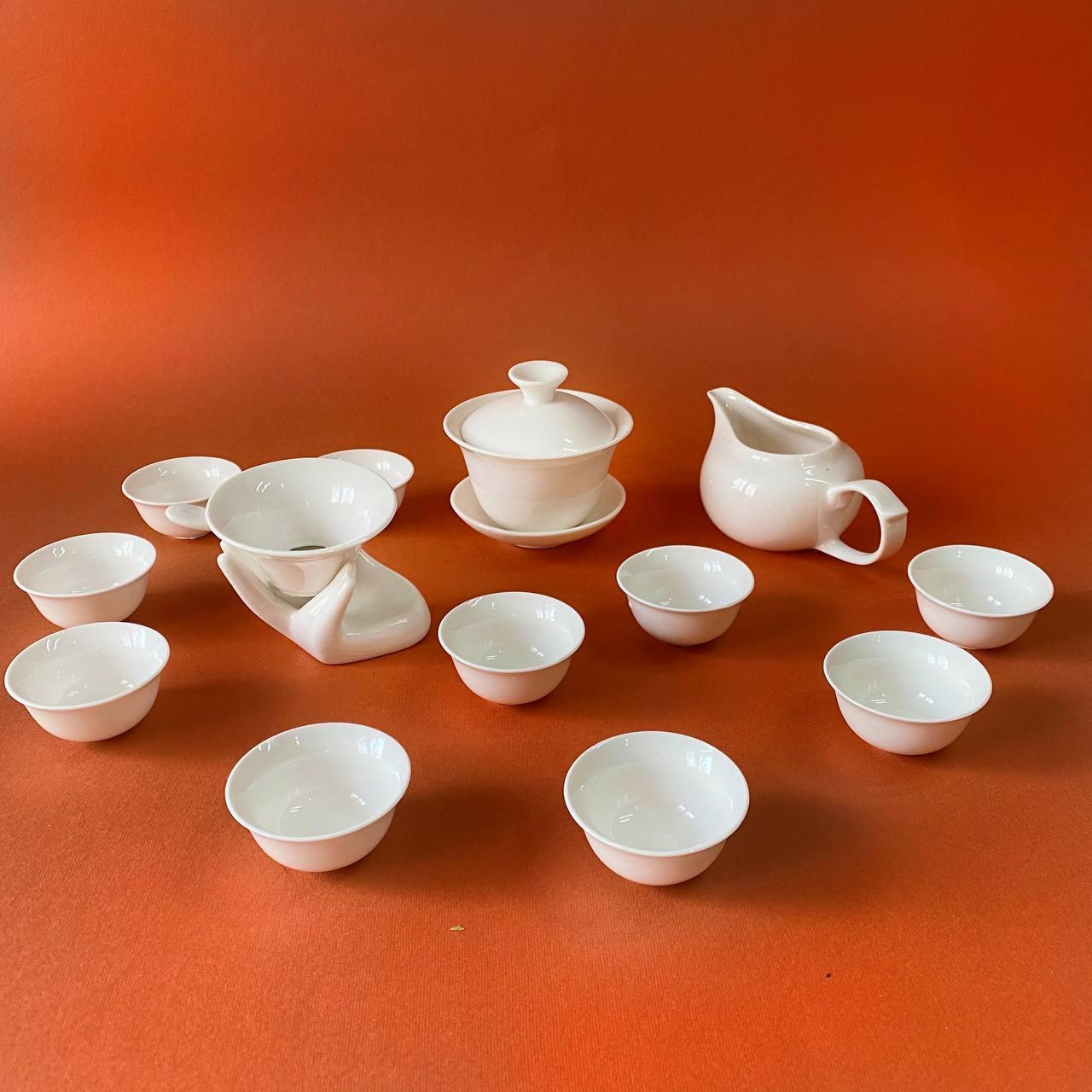 Набор чайной посуды из фарфора