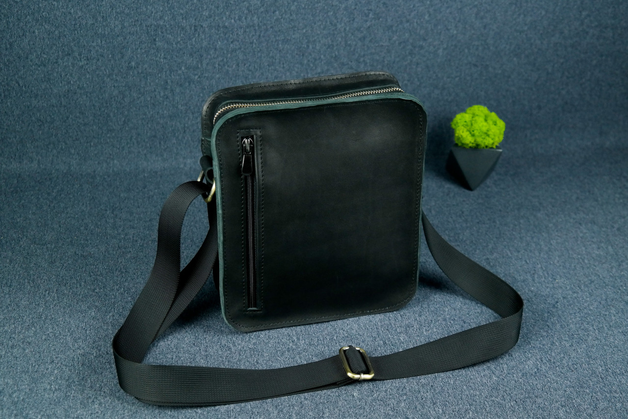 """Чоловіча сумка """"Модель №43"""" Шкіра Італійський краст колір Чорний"""