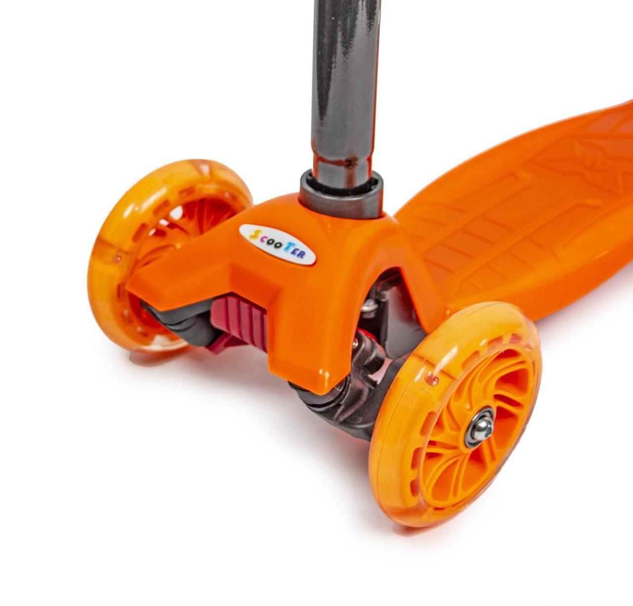 Дитячий самокат MAXI ORANGE чотирьохколісний   колеса світяться в коробці 1453732955