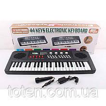 Синтезатор TX-4468 44 клавиши, микрофон, 8инструментов, 8ритмов, запись, регулятор громкости, от сети/ бат Т