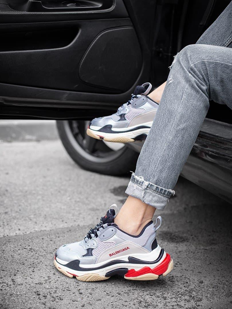 Женские кроссовки Balenciaga Triple S Silver
