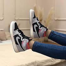 Жіночі кросівки Air Jordan 1 Retro High Neutral Grey Hyper Crimson 555088-018, фото 3