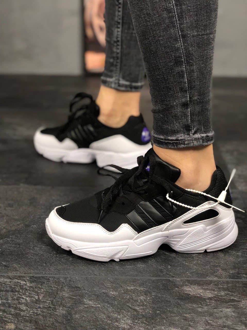 Жіночі Кросівки  Adidas Yung 96 Black White