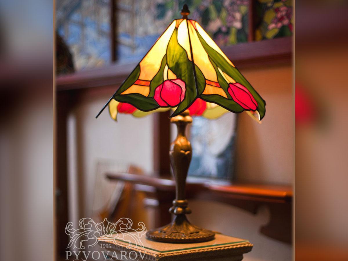 Лампа Тиффани тюльпаны