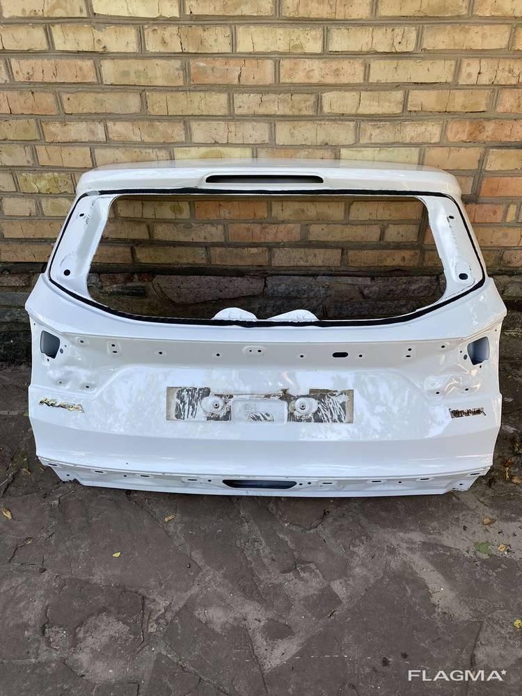 Кришка багажника ляда Ford Kuga Ford Escape Форд Куга т