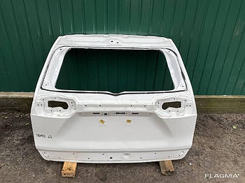 Крышка багажника Toyota RAV4 Тойота Рав 4 от2019-гг оригинал алюминий