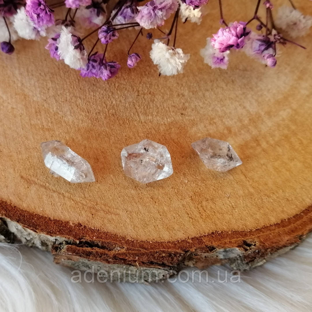 Херкимерские кварцы/алмазы