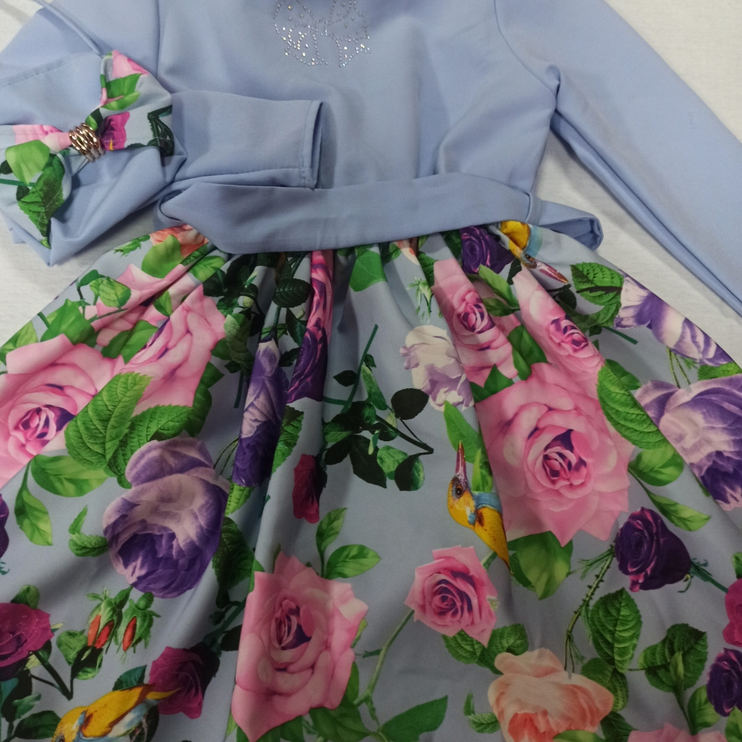 Платье модное нарядное оригинальное красивое пышное с сумочкой.