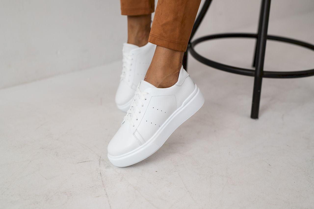Жіночі шкіряні кеди весна/осінь білі Yuves 520 White Leather