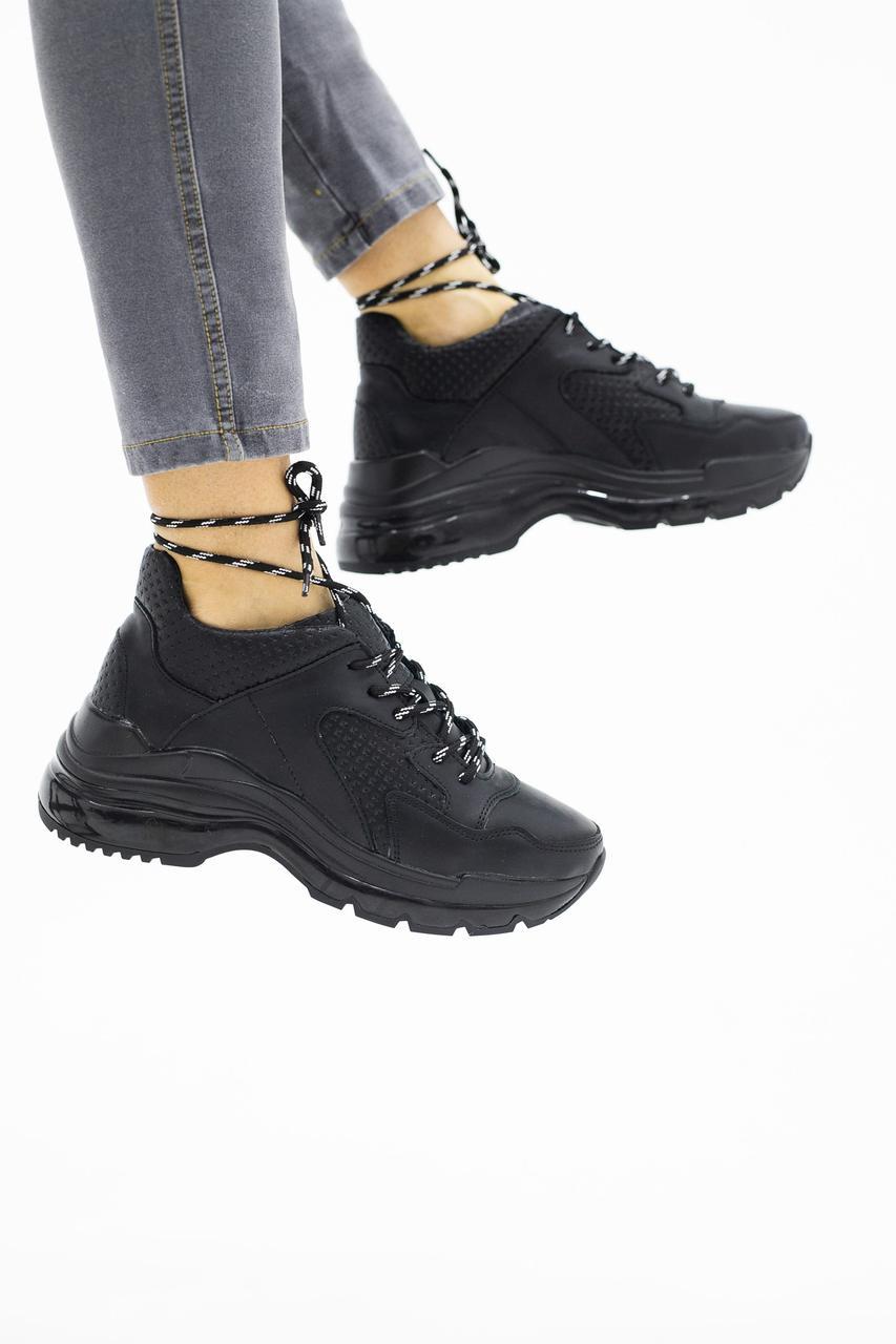 Женские кроссовки кожаные зимние черные Onward 522