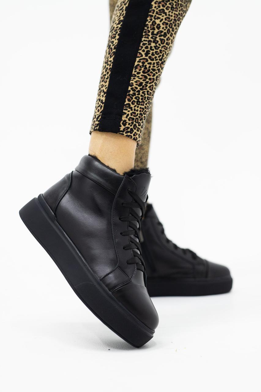 Женские ботинки кожаные зимние черные Yuves 141 на меху