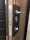 Двери металлические входные квартирные Магда 612/13 графит/спил дерева медовый, фото 3