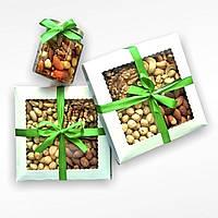Подарунковий набір з горішками 400 г