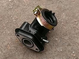 Патрубок карбюратора коллектор на скутер    4T GY6 50