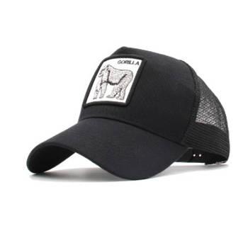 Чорна кепка тракер з принтом Горили