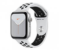 Apple Watch 5 Nike 44/Silver/Black Sport GPS (MX3V2WB/A), фото 1